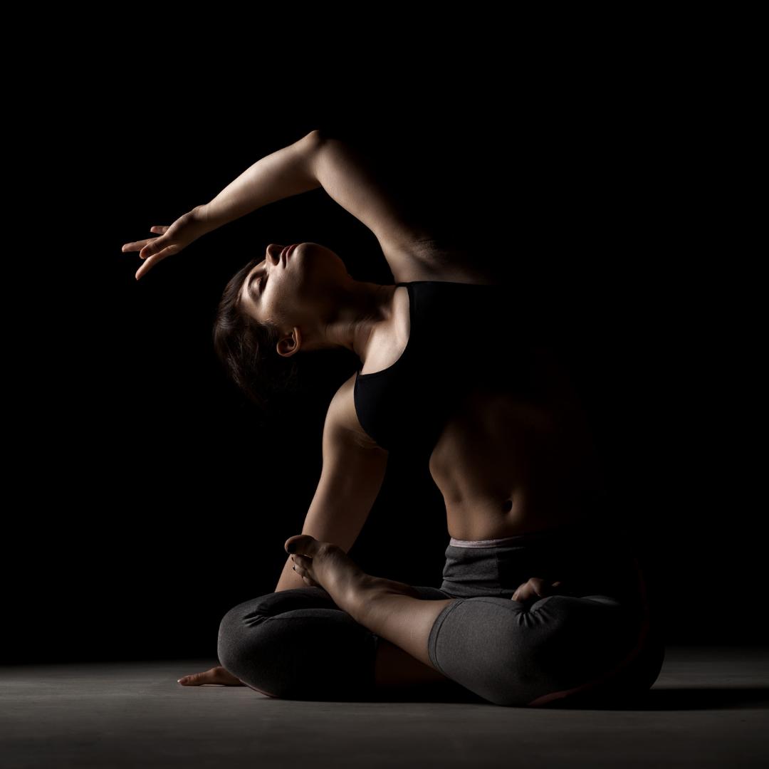 Formación 300h de Profesor/a Experto/a en Vinyasa Yoga Contemporáneo - (150h Prana Vinyasa Flow)